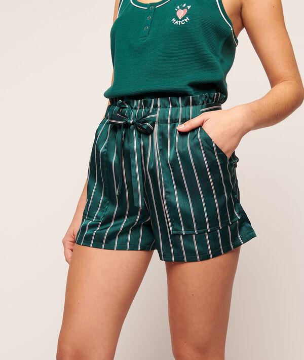 Pantalón corto de satén, estampado de rayas;${refinementColor}