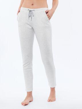 Pantalón tipo leggings crudo.