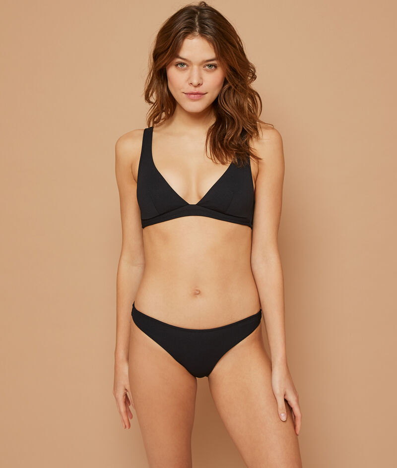 Sujetador bikini triangular liso;${refinementColor}