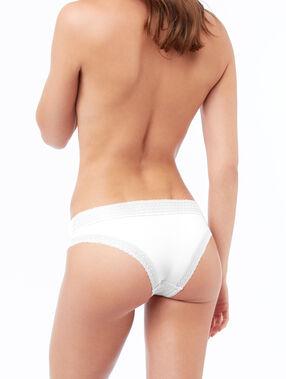 Braguita brasileña dos texturas blanco.