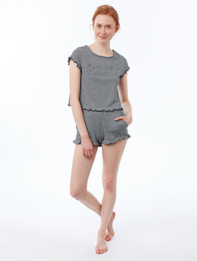 Pantalón corto estampado de rayas suaves volantes negro.