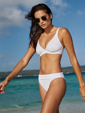 Braguita bikini multiposición tejido relieve blanco.