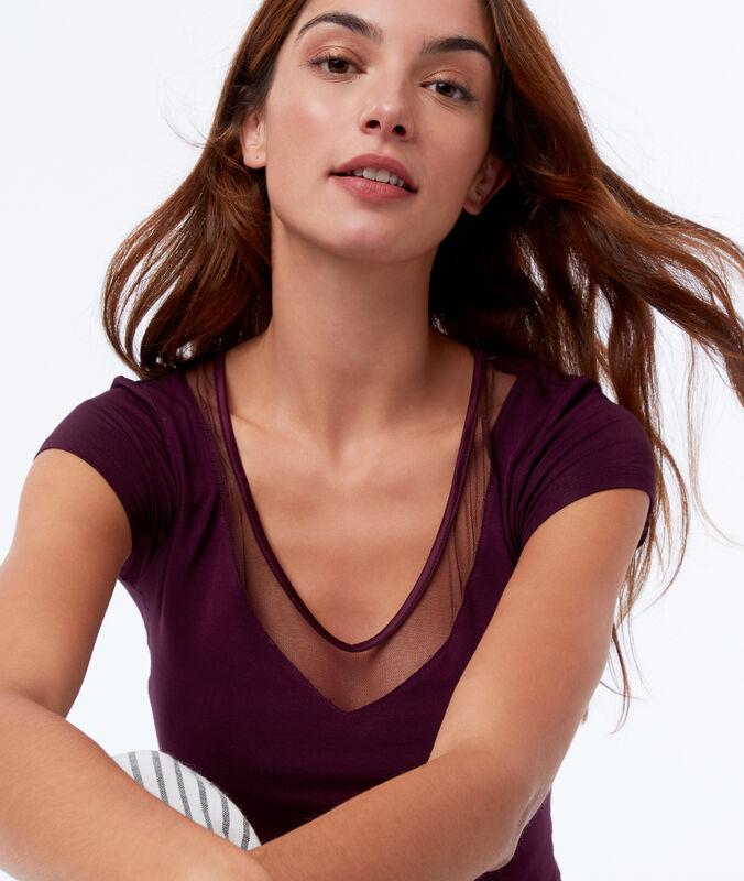 Camiseta manga corta escote en v ciruela.