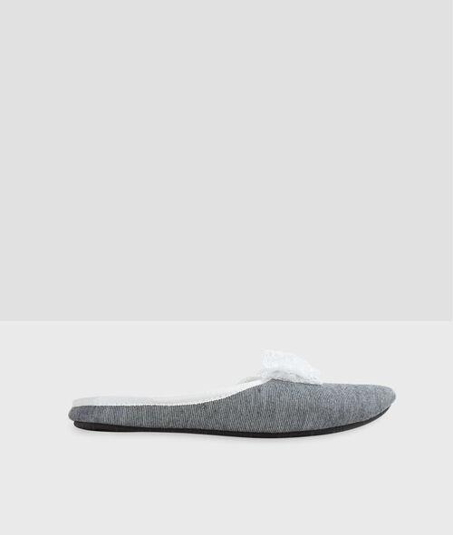 Zapatillas lazos de encaje