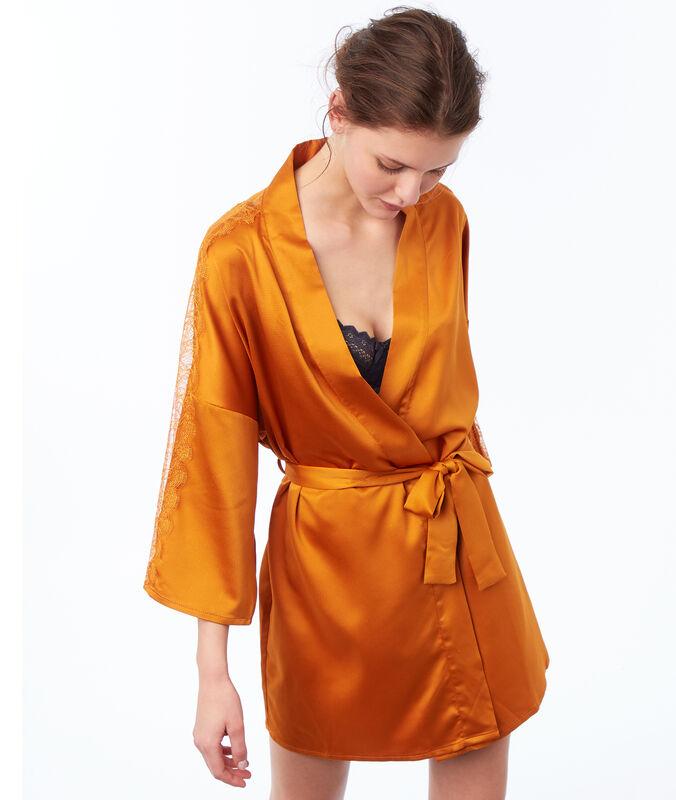 Kimono de satén y encaje c.ocre.