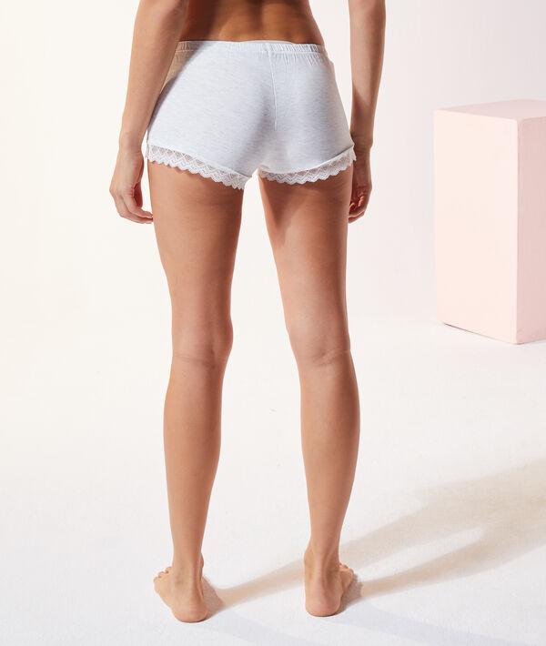 Pantalón corto de viscosa y encaje;${refinementColor}