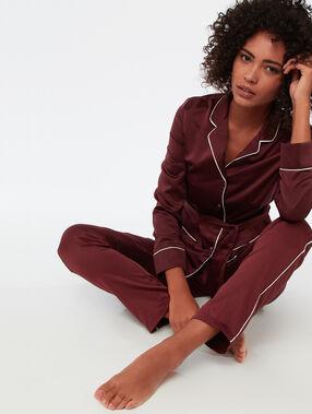 Chemise de pyjama d'homme satin bordeaux.