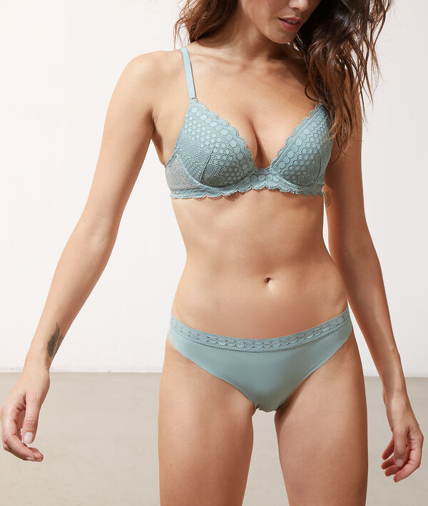 Sujetador push up de encaje. Copa A-C;${refinementColor}