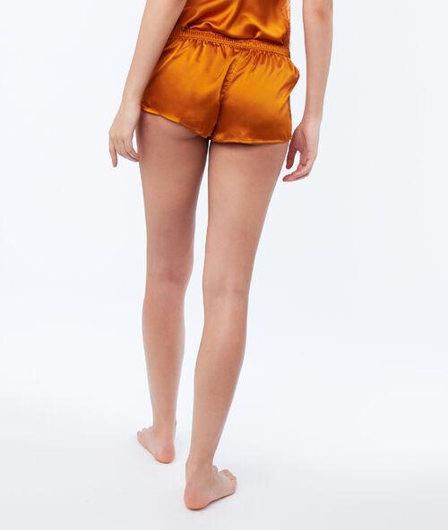 Pantalón corto satén y encaje