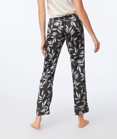 Pijama 3 piezas estampado hojas