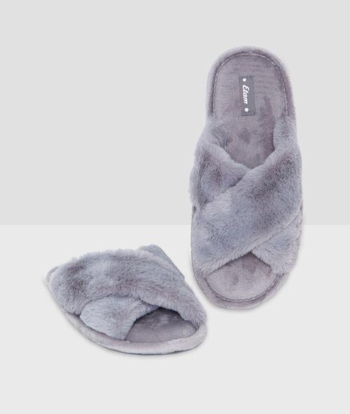 Zapatillas tacto peluche