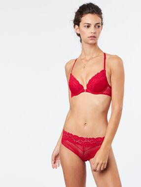 Braguita brasileña de encaje rojo.