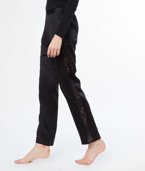 Pantalón de satén y encaje