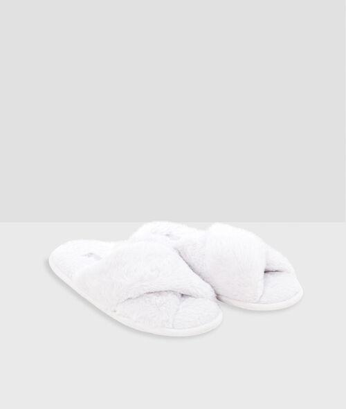 Zapatillas tipo chancla tejido peluche