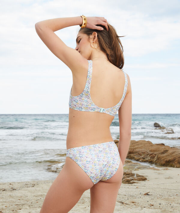 Braguita bikini, tejido Liberty;${refinementColor}