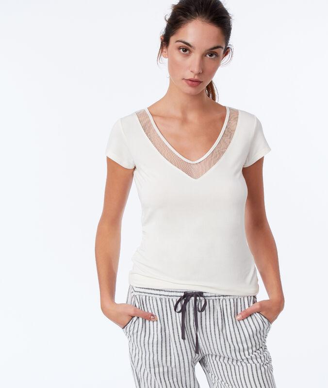 Camiseta manga corta escote en v crudo.