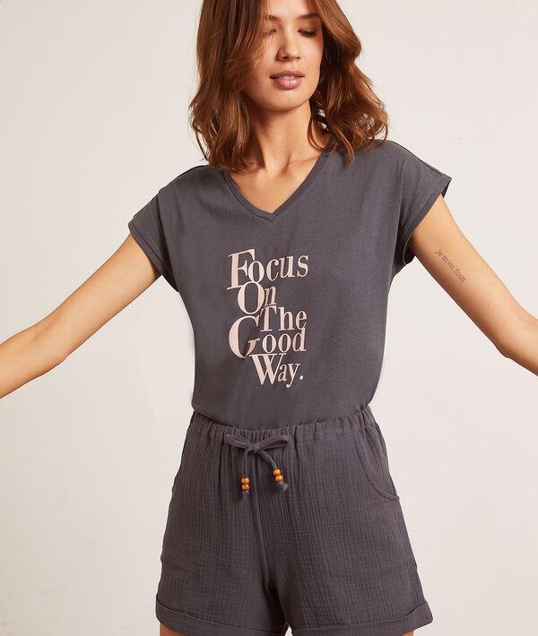 Camiseta 'focus on the good way';${refinementColor}