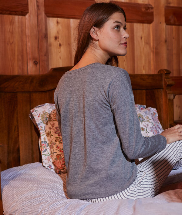 Conjunto pijama con antifaz de noche