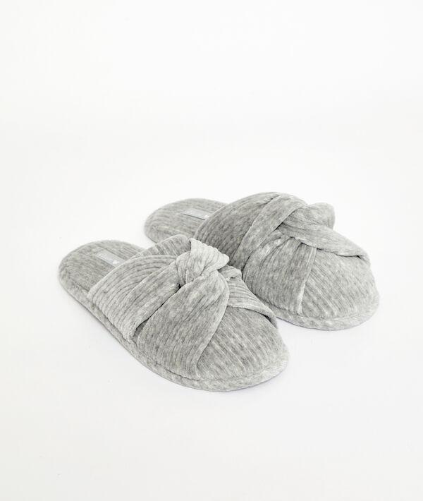 Zapatillas nudo
