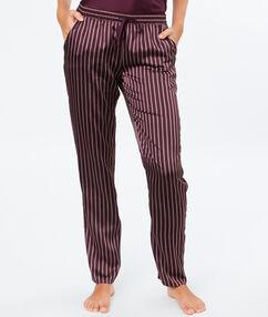 Pantalón satén estampado a rayas berenjena.