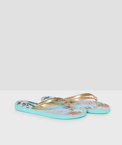 Tongs de plage multicolore.