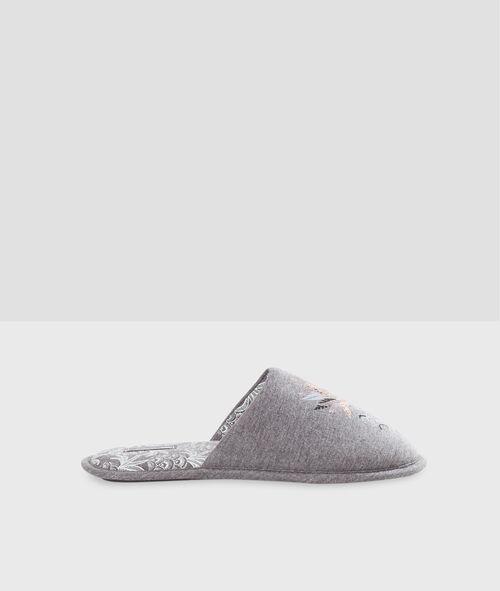 Zapatillas piñas