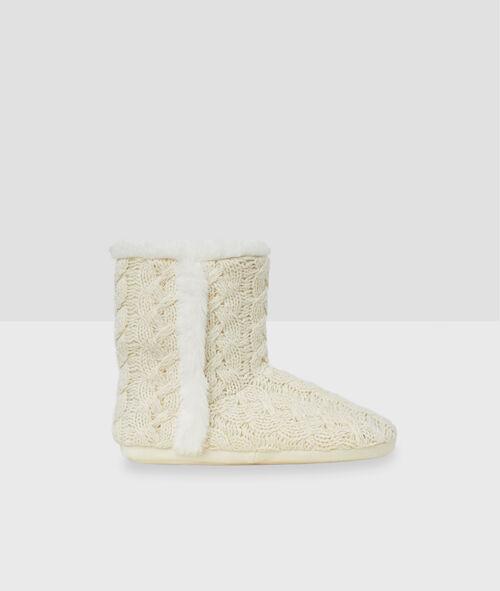 Zapatillas tipo botines tricotadas