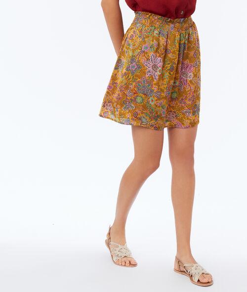 Falda con vuelo estampado floral