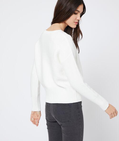 Suéter acanalado en punto grueso