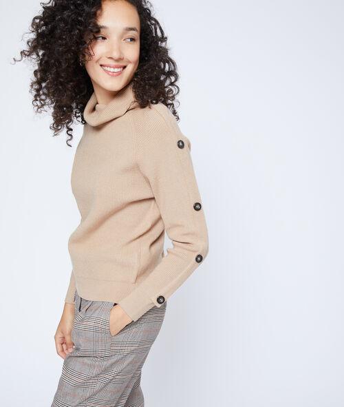 Suéter de cuello alto con botones