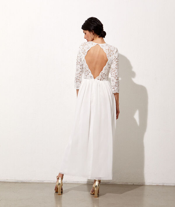 Vestido espalda abierta de encaje floral