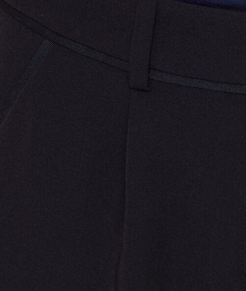 Pantalón holgado con pinzas