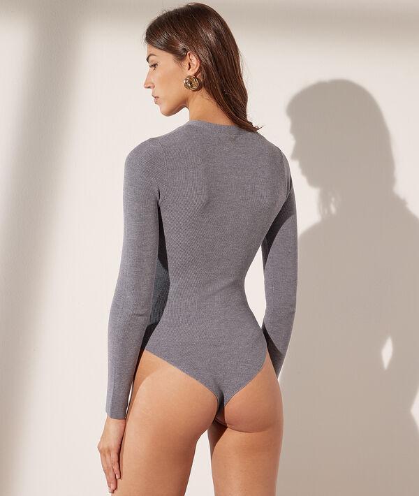 Body de punto y manga larga