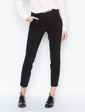 Pantalón tipo chino negro.