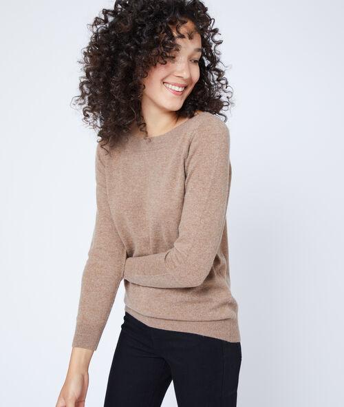 Suéter cuello de barco de cachemira