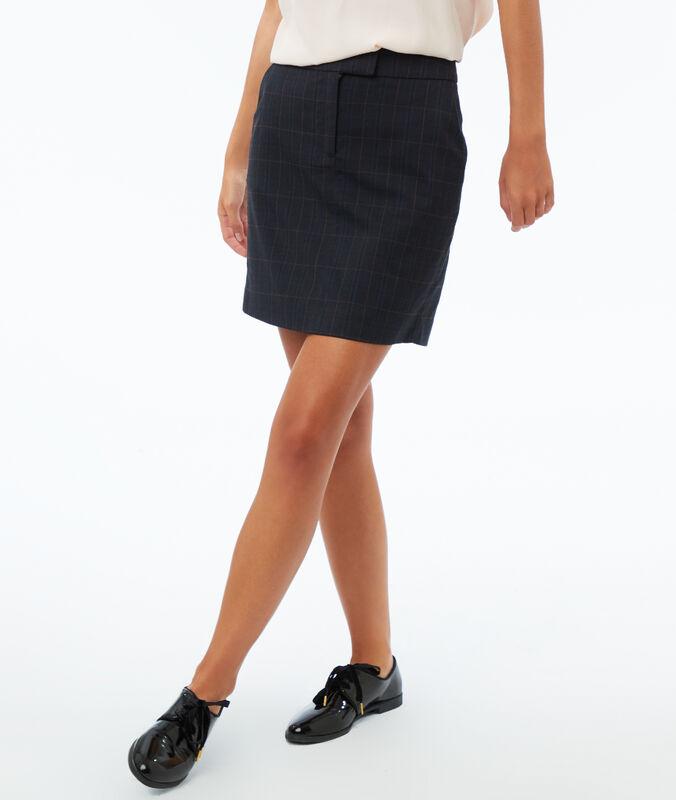 Falda recta estampado de cuadros azul marino.