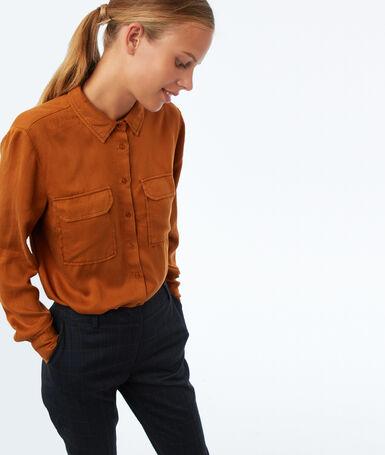 Camisa manga larga dos bolsillos tencel marrón.