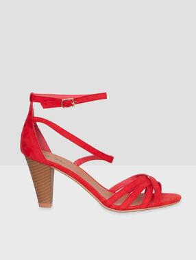 Sandales à talons multi-bride rouge.