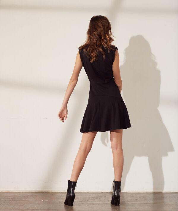 Vestido con falda vaporosa