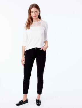 Camiseta manga larga escote guipur crudo.