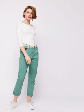 Pantalón con cinturón de algodón bio verde azulado.