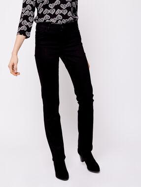 Pantalón vaquero recto negro.