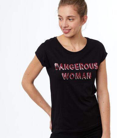 Camiseta manga corta estampada negro.