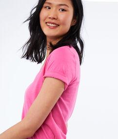 T-shirt col v en coton rose.