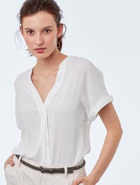 Blusa escote tunecino crudo.