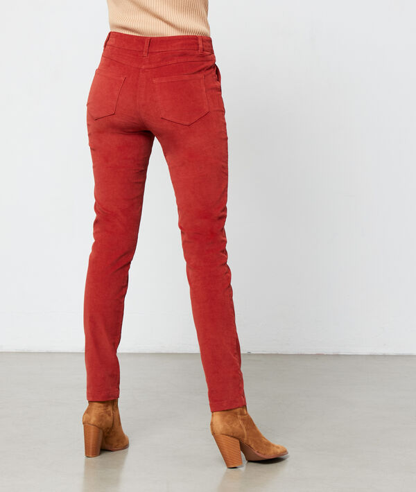 Pantalón ajustado pana