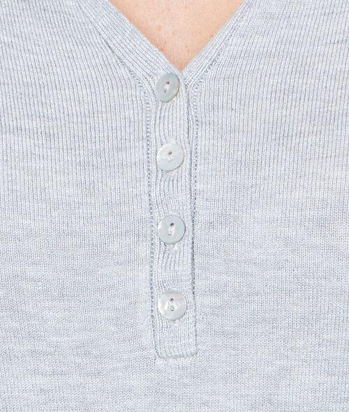 Jersey escote en V con botones