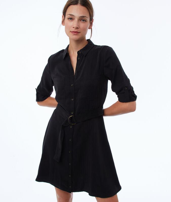 Vestido ceñido tencel negro.