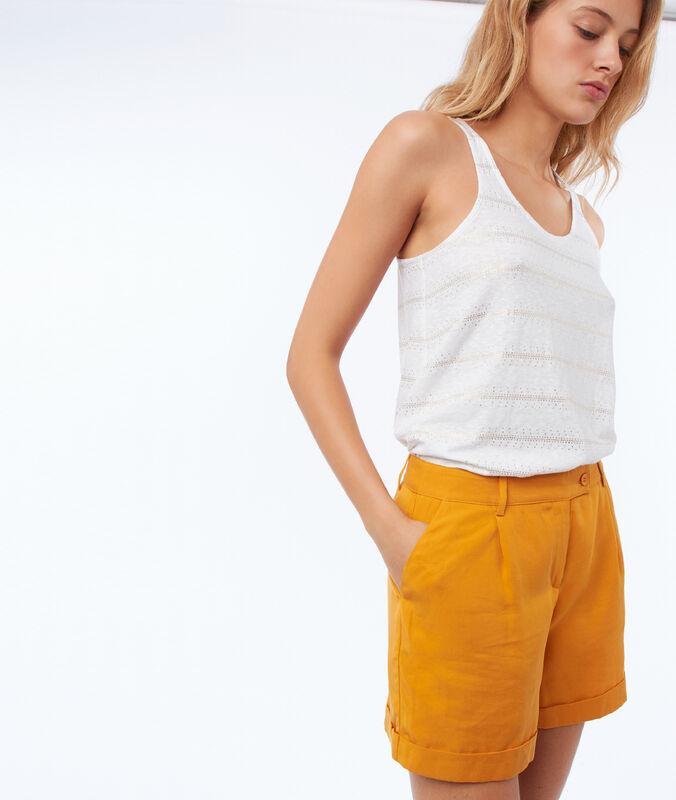 Pantalón corto tencel amarillo.