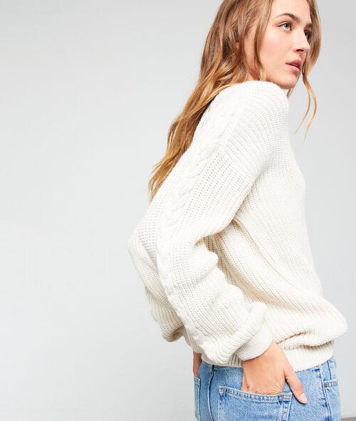 Suéter cuello en V de punto grueso